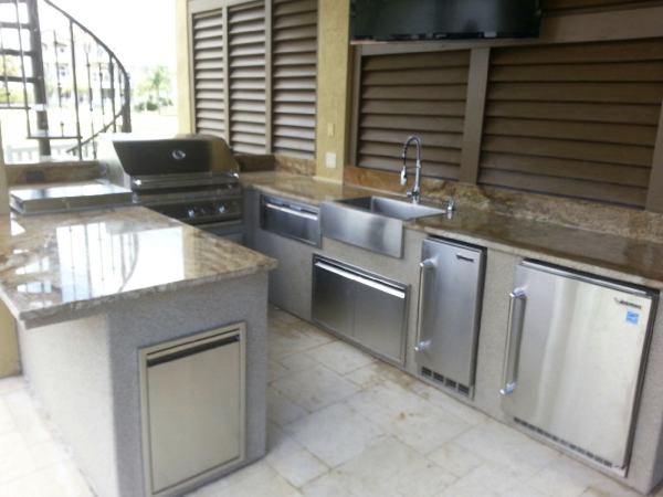 Houston Outdoor Kitchens - 3 Cool Features | Increte of Houston